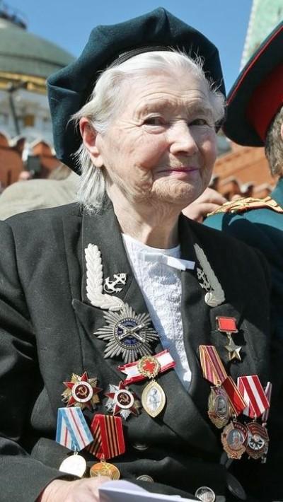 Ekaterina_Mikhailova-Dyomina_9_May_2013